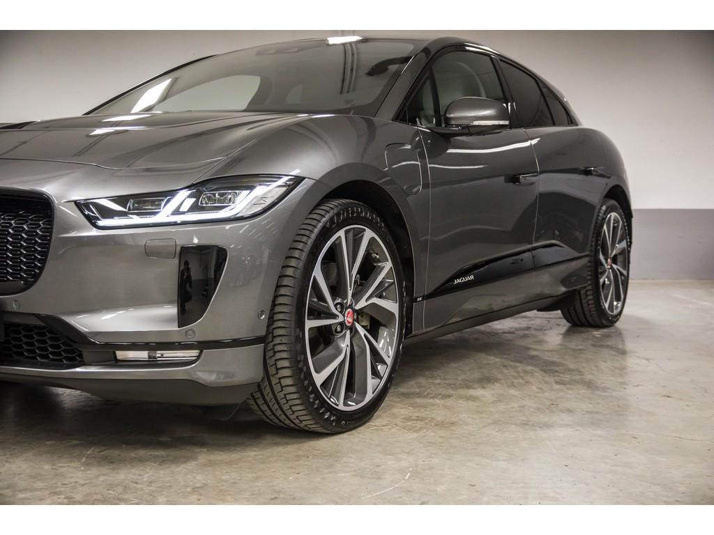 Jaguar-I-Pace-SE-3