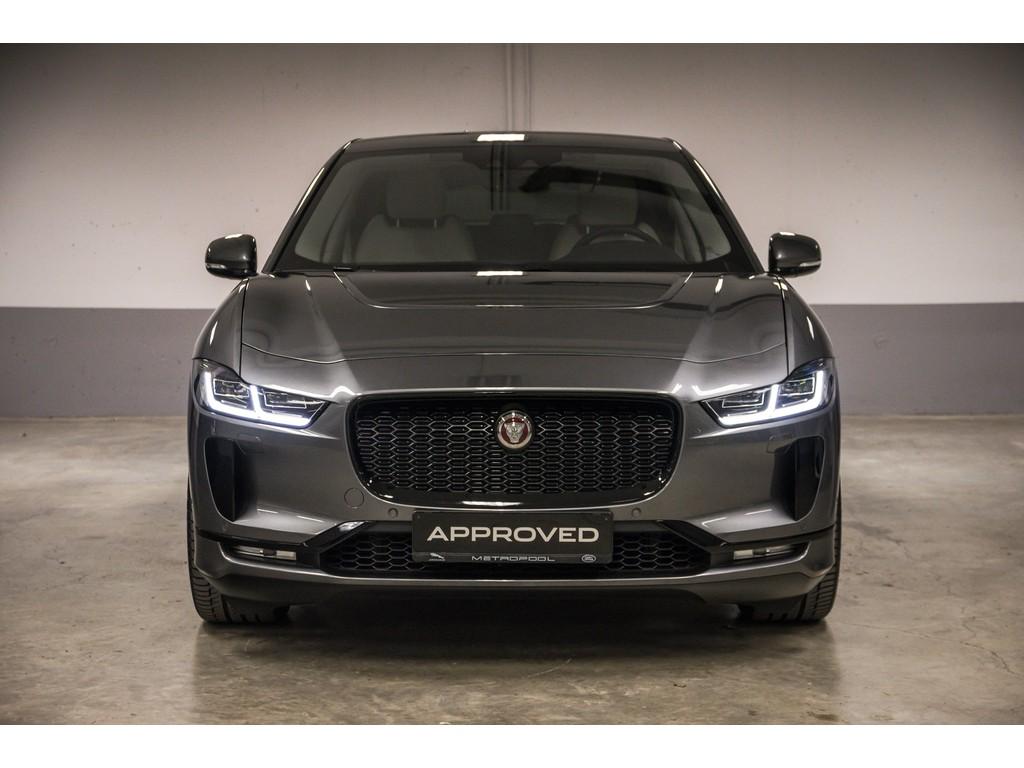 Jaguar-I-Pace-SE-8